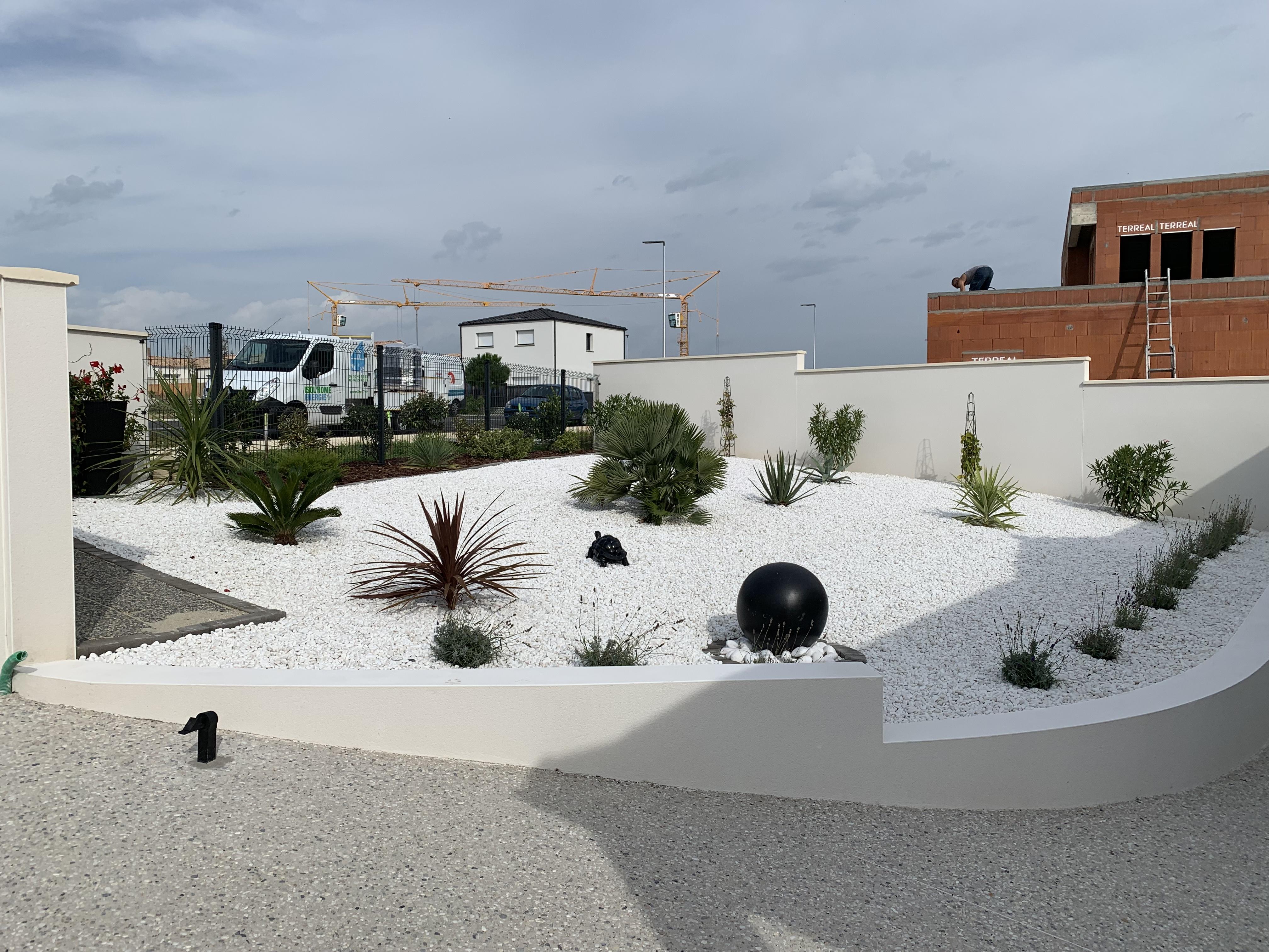 Des prestations d'aménagement extérieur pour votre piscine